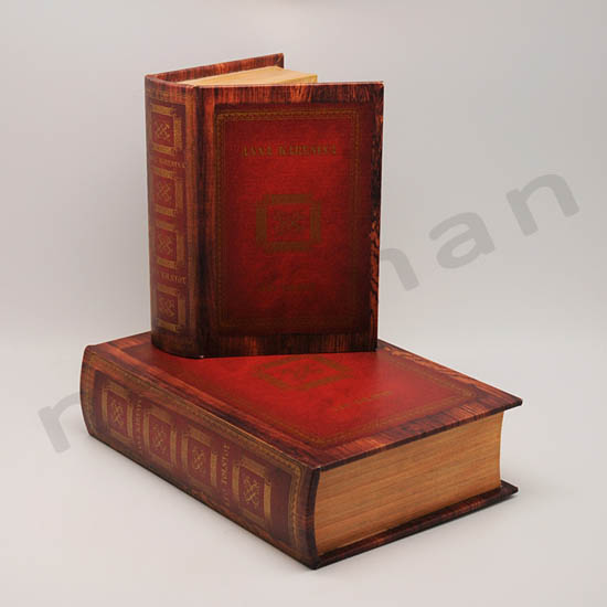 210505 book boxes anna karenina set2 20x27x8 copy