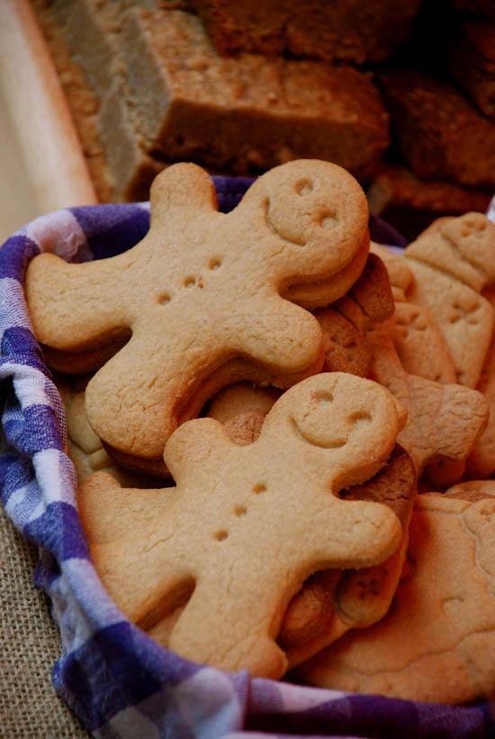 Gingerbread_men x550