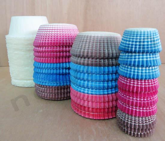 DSC04470 muffin cups 231100 231102 231103 231105 copy