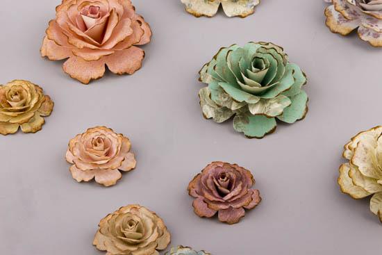 Χειροποίητα χάρτινα λουλούδια για στολισμό
