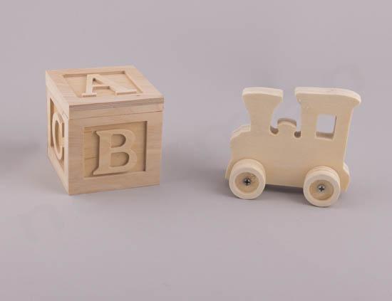 Κύβος abc και ξύλινο τρενάκι