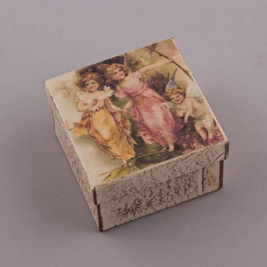 Τετράγωνο χειροποίητο κουτί με Αγγελάκια