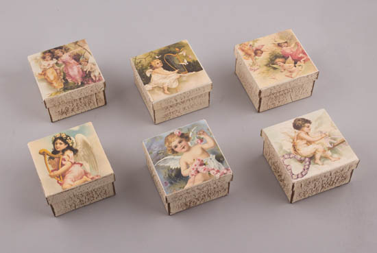 Vintage σχέδια Αγγελάκια σε χειροποίητα κουτιά