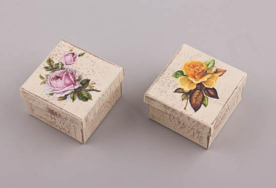 232055 ~ Τετράγωνα κουτιά με λουλούδια σε 2 σχέδια