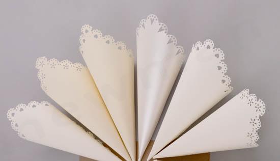 DIY χάρτινα χωνάκια