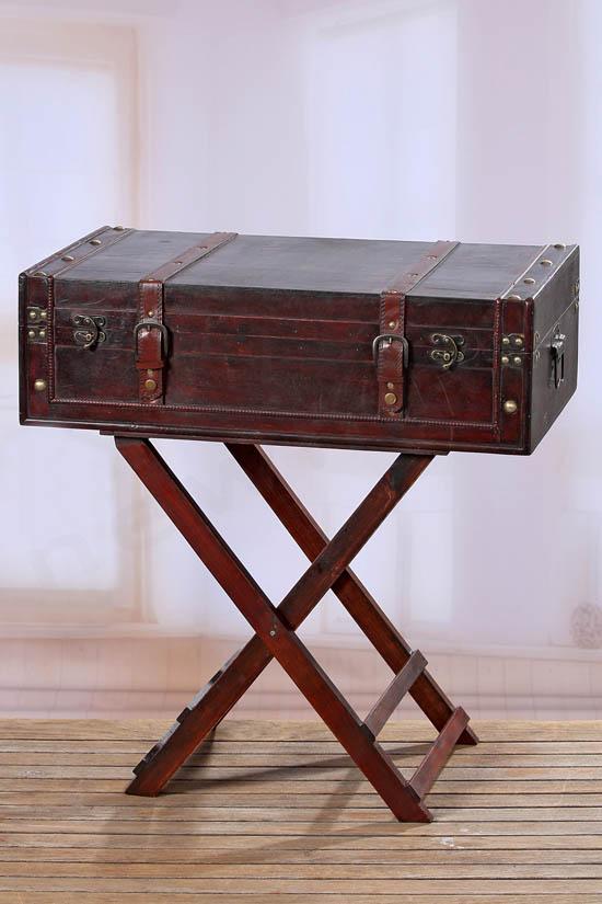 Βαλίτσα ξύλινη με βάση