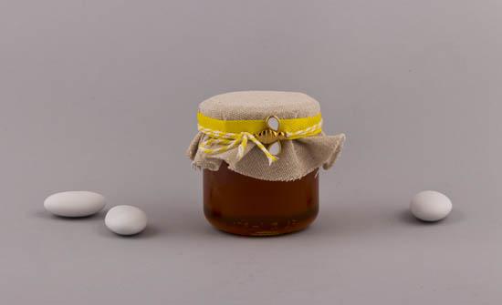 Μπομπονιέρα Μελισσούλα σε βαζάκι με μέλι