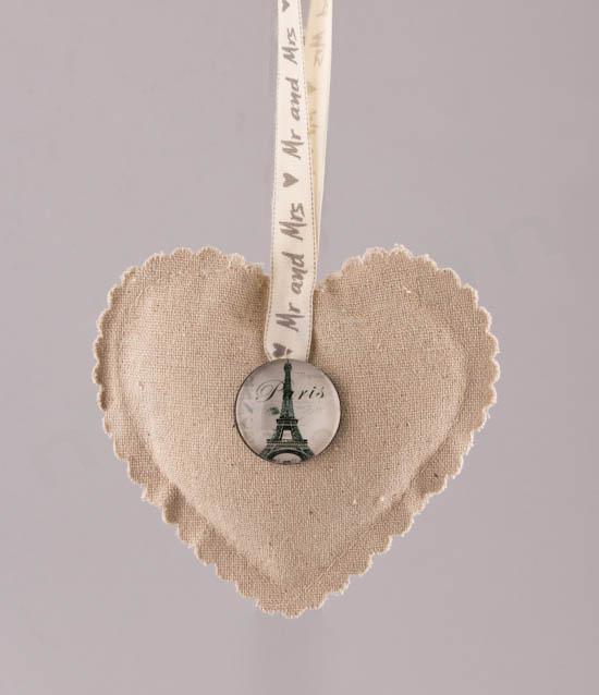 Ιδέα για μπομπονιέρα καρδιά Paris