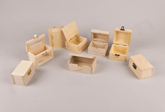 Ξύλινα μπαουλάκια κουτιά