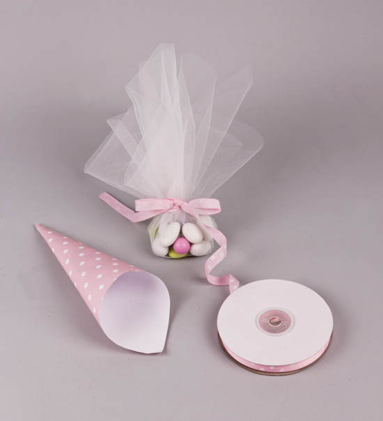 Ροζ πουά χωνάκι μπομπονιέρα με ροζ πουά κορδέλα
