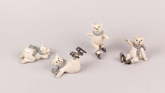 Πολικές αρκούδες με παγοπέδιλα