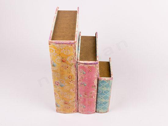 3 βιβλία κουτιά με λουλούδια