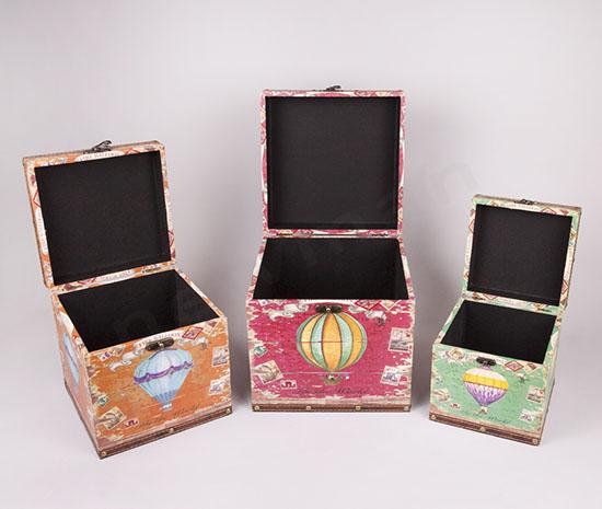 Ξύλινα μπαούλα σε 3 μεγέςθη/χρώματα με σχέδια σε καμβά