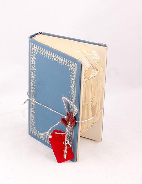 Χειροποίητο βιβλίο με σχέδιο στις σελίδες του Ζευγάρι