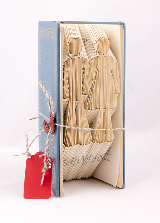 Χειροποίητο διακοσμητικό βιβλίο με σχέδιο Ζευγάρι στις σελίδες του