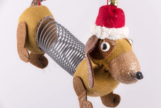 380190 Σκυλάκι με ελατήριο κρεμαστό στολίδι Χριστουγέννων