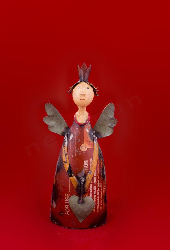 018008 Άγγελος με καρδιά κόκκινος