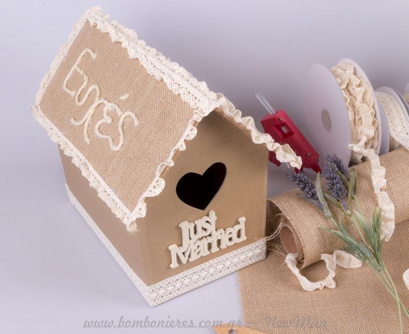 Κουτί Ευχών Γραμματοκιβώτιο κλουβάκι Just Married