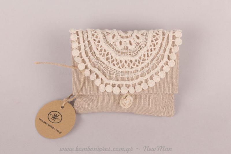 Μαντηλάκι κιπούρ ραμμένο σε πουγκί