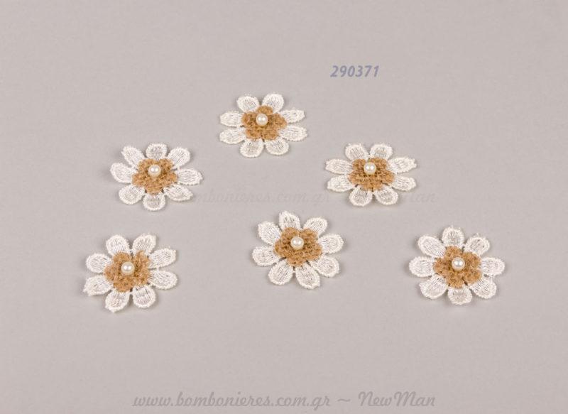 290371 - λουλούδι με δαντέλα και λινάτσα
