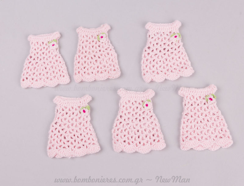 Πλεκτά ροζ φορέματα