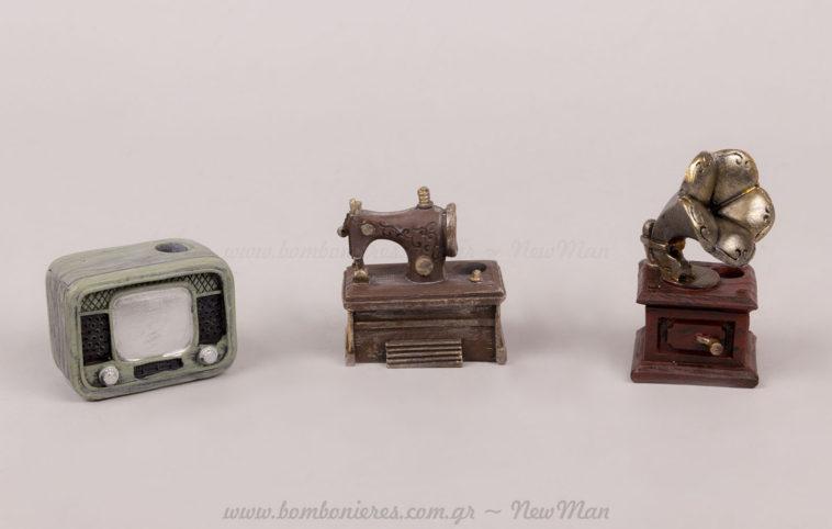 Vintage TV, ραπτομηχανή, γραμμόφωνο