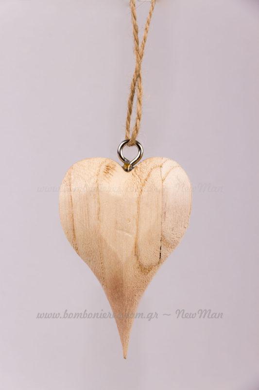 Καρδιά ξύλινη φυσική