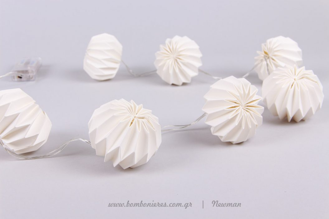 girlanta fotakia origami