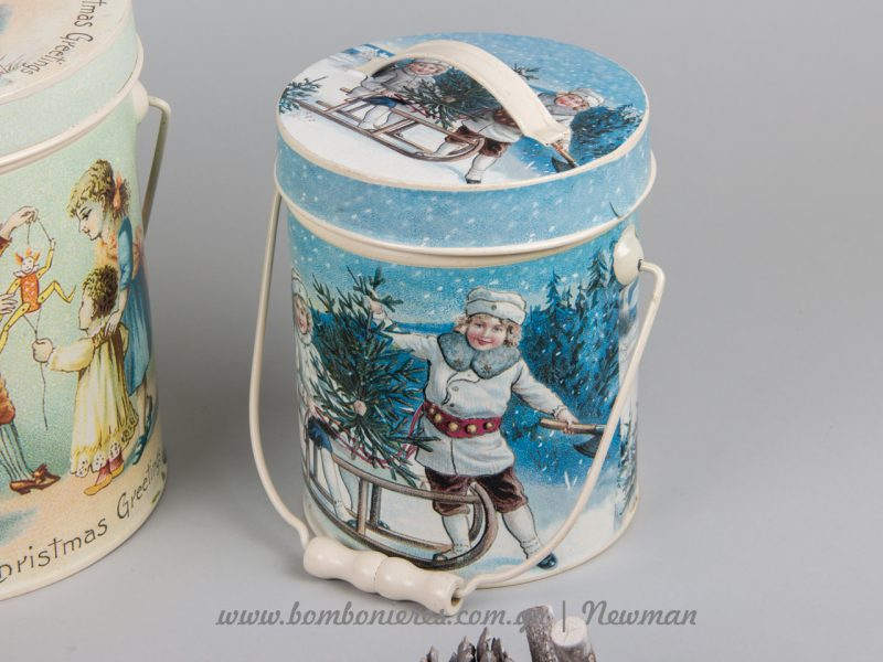Χριστουγεννιάτικα μεταλλικά δοχεία και γιρλάντες xristougenniatikoi metallikoi kouvades kapaki girlantes