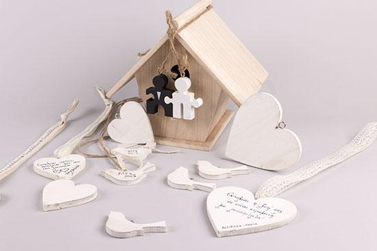 Φωλιά σπιτάκι και καρδιές ευχές για γάμο