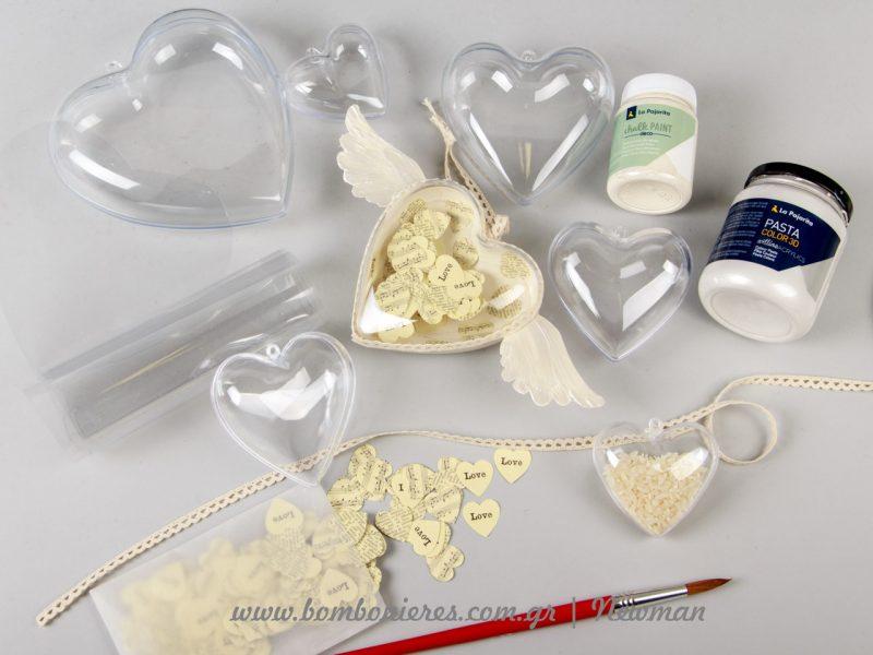 Τα υλικά για τις χειροτεχνίες με τις διάφανες καρδιές