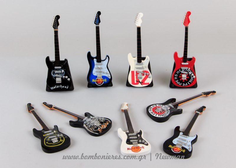 Μινιατούρες ηλεκτρικές κιθάρες miniatoures kithares