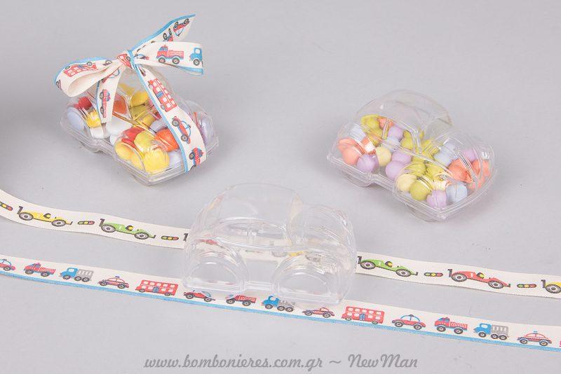 Γεμίστε το πλαστικό κουτί-Σκαραβαίος με πεντανόστιμα, πολύχρωμα κουφέτα Rondo Bebe.