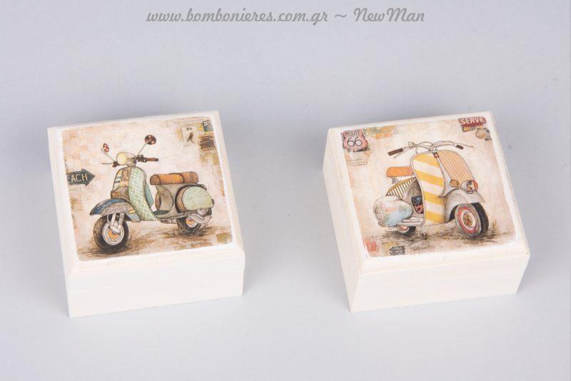 Vintage κουτί-μπιζουτιέρα με σχέδιο βέσπα σε δυο παραλλαγές (ριγέ ή πράσινη) για αγορίστικη μπομπονιέρα.
