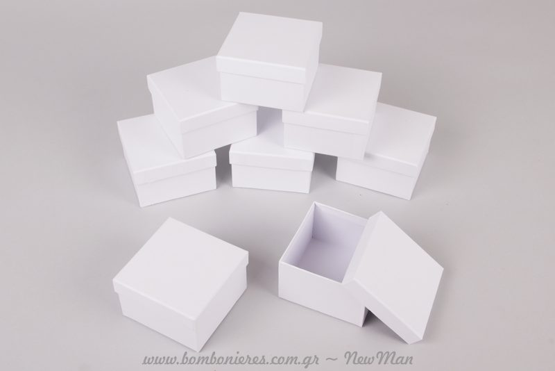 Λευκό χάρτινο κουτί (7,5 x 7,5 x 4,5εκ.)