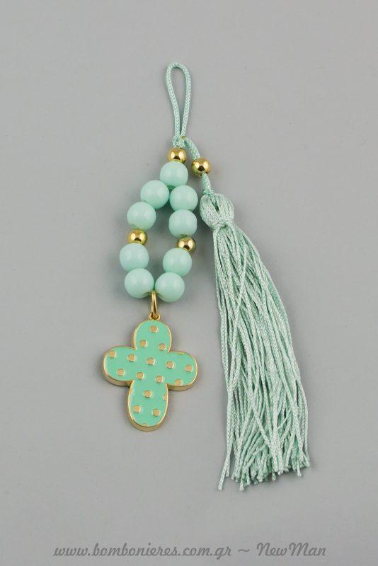 Γούρι σταυρός σε πράσινο (βεραμάν) με σμάλτο, πέρλες και φουντίτσα στην ίδια απόχρωση (737012)