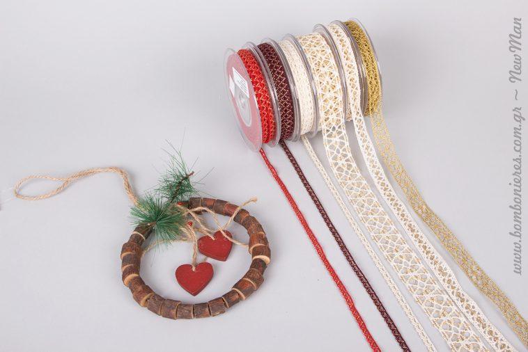 Δαντέλα και χρυσό για τα φετινά Χριστούγεννα