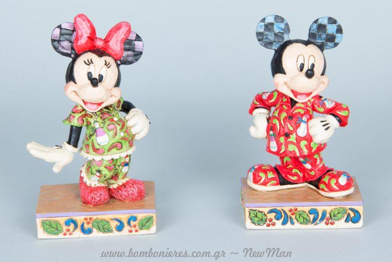 Χριστουγεννιάτικα διακοσμητικά Mickey και Minnie με πιτζάμες.