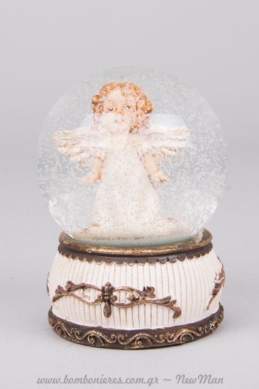 Χιονόμπαλα Polyresin για τα δωράκια σας στο Πρωτοχρονιάτικο ρεβεγιόν.