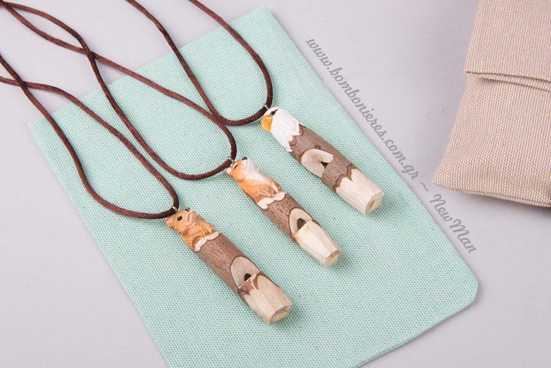 Οι ξύλινες σφυρίχτρες-ζωάκια είναι σούπερ χαριτωμένες και θα ενθουσιάσουν μικρούς και μεγάλους.