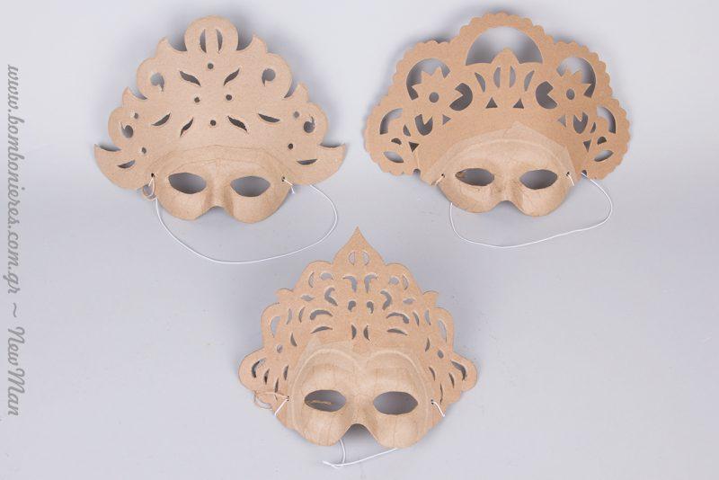 Φέτος τις Απόκριες φτιάξτε τις δικές σας μάσκες χρησιμοποιώντας ως βάση χάρτινες μάσκες σε διάφορα σχέδια (Decopatch, Papier Mache).