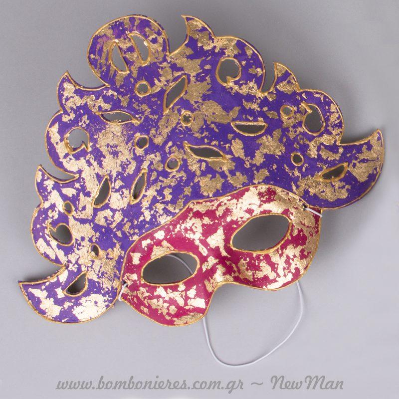 DIY αποκριάτικες μάσκες που μοιάζουν με μικρά έργα τέχνης.