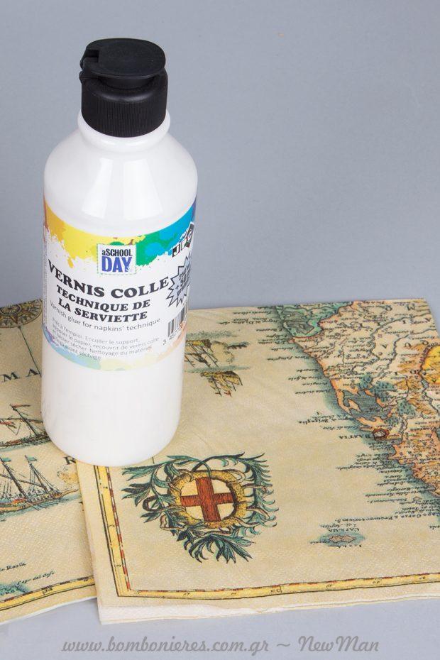 Μεταμορφώστε τα ξύλινα βαλιτσάκια μας με τη μέθοδο ντεκουπάζ και τις υπέροχες χαρτοπετσέτες που έχουν ως θέμα τους, ιστορικούς χάρτες.