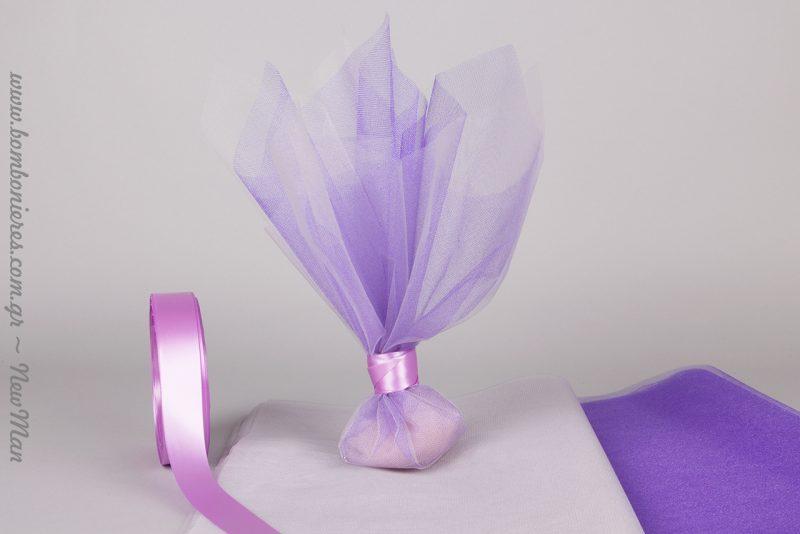 Κρυσταλιζέ τούλινη μπομπονιέρα για τον γάμο ή τη βάπτιση σε πλούσιες γυαλιστερές αποχρώσεις.