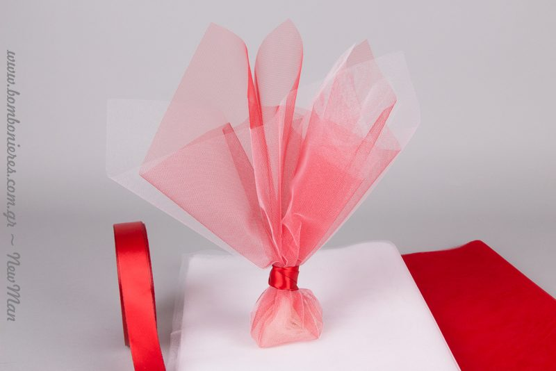 Κόκκινη κρυσταλιζέ λάμψη για την μπομπονιέρα του γάμου ή της βάπτισης.