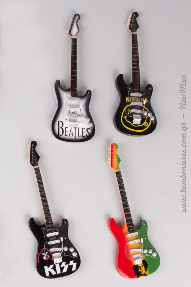 Ξύλινες ηλεκτρικές κιθάρες (μινιατούρες) για τις DIY πασχαλινές λαμπάδες σας.