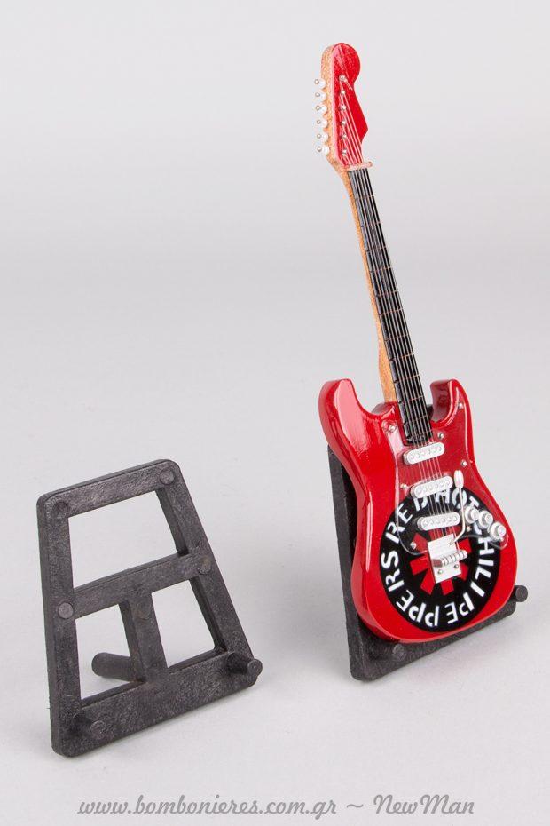 Κάθε ηλεκτρική κιθάρα έχει και το stand της.