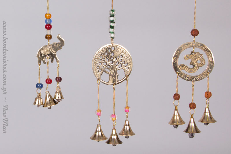 Μεταλλικοί μελωδοί σε διάφορα σχέδια (ελέφαντας, Δέντρο της Ζωής, Om).
