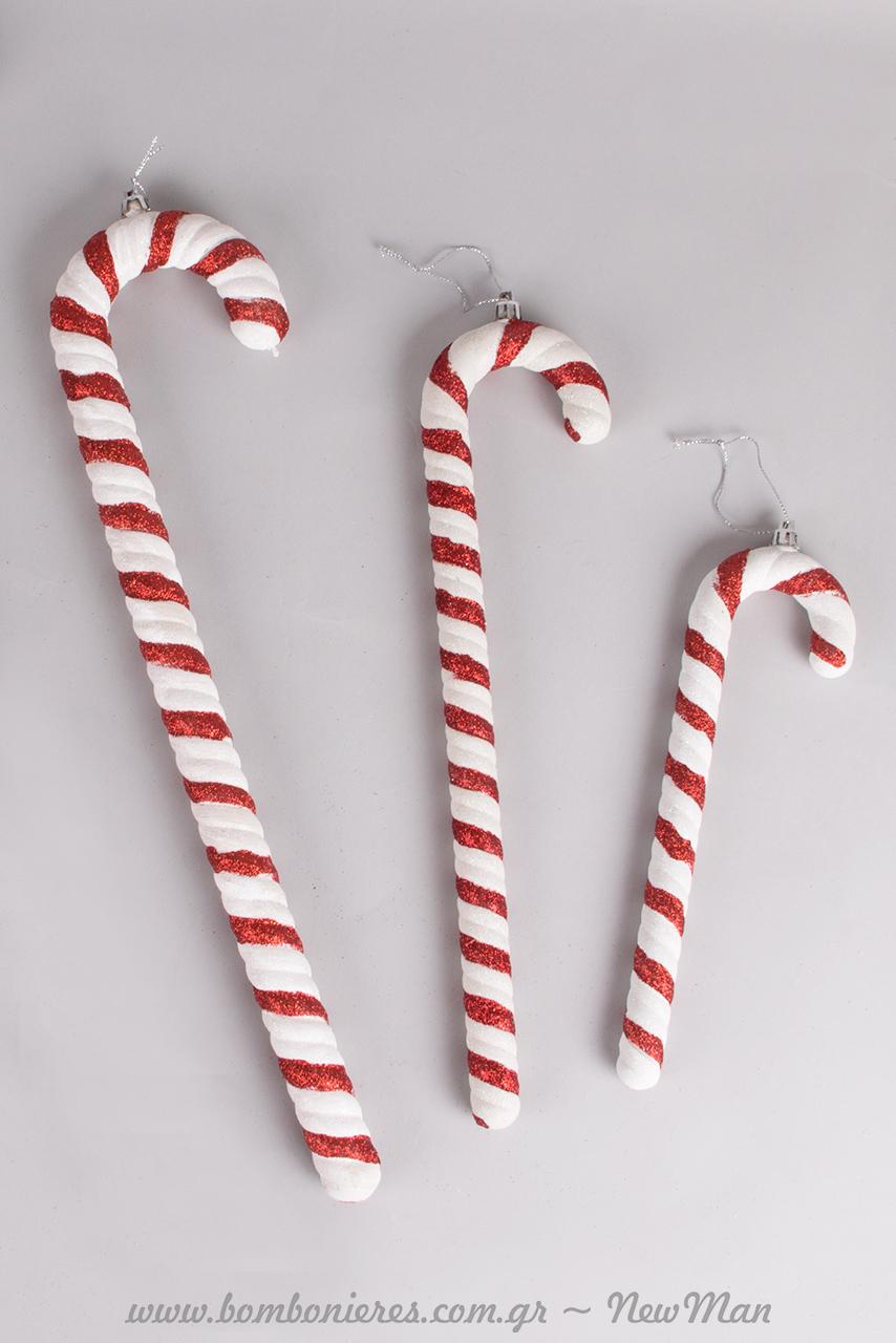 Το μεγαλύτερο μπαστουνάκι είναι 62cm και το μικρότερο 25cm, και θα προσδώσουν στη χριστουγεννιάτικη διακόσμηση σας, μια χαρούμενη, παραμυθένια νότα.