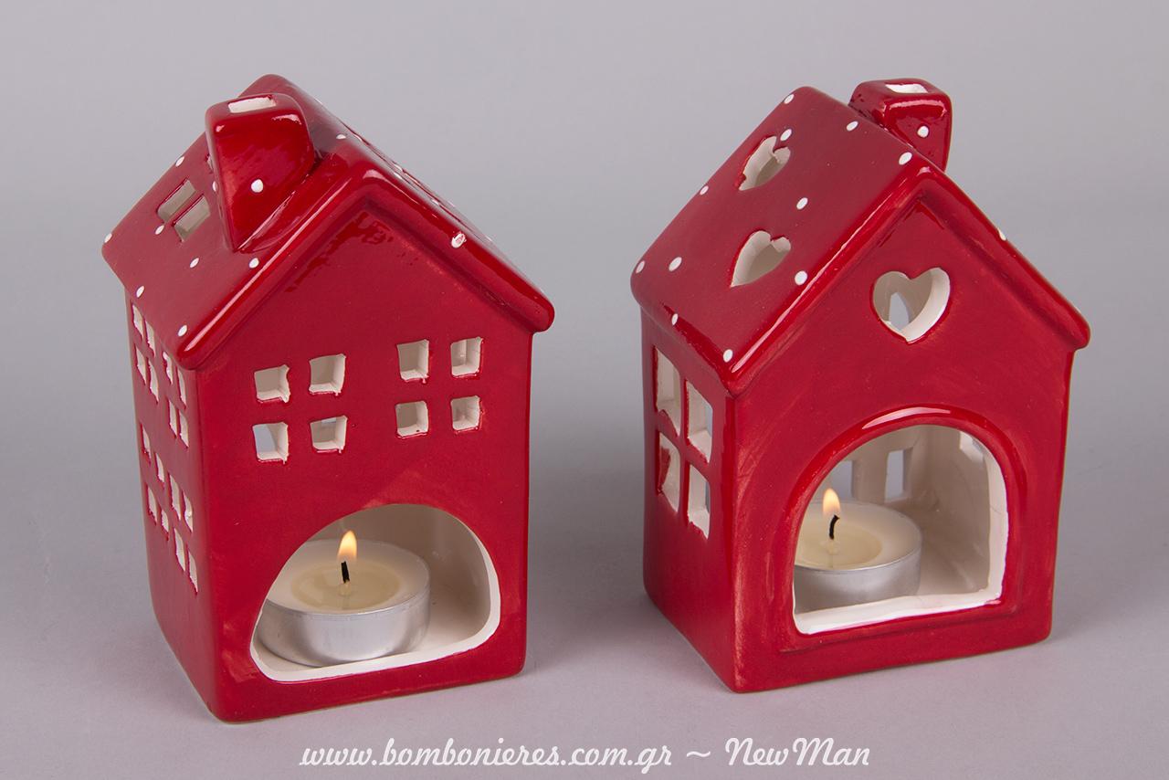 Χριστουγεννιάτικα κόκκινα σπιτάκια για τα ρεσό και τις ξεχωριστές διακοσμητικές πινελιές σας (12cm)..